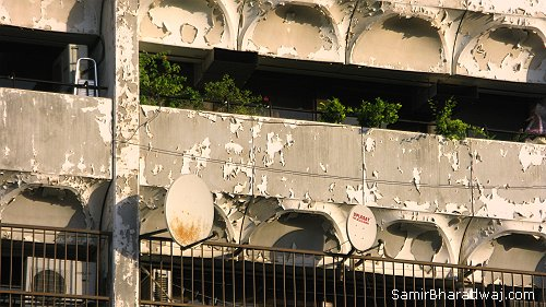 Peeling paint & satellite dishes - Widescreen photo